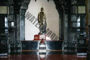 statue-of-vivekananda-inside-vivekananda-rock-memorial