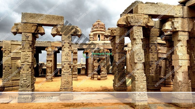 lepakshi-temple-hanging-pillar-12